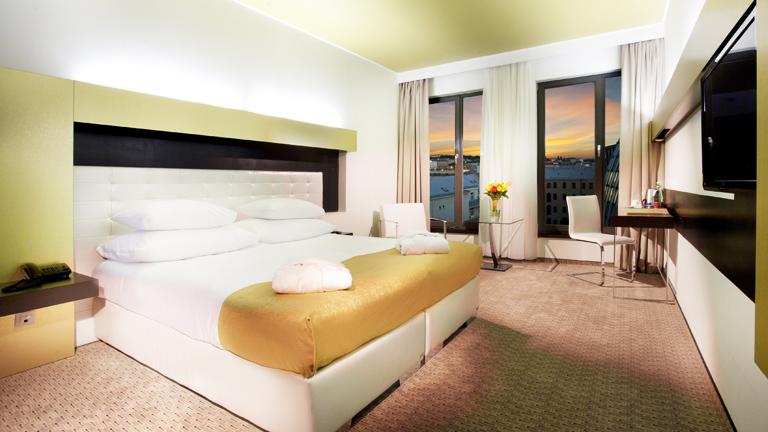 Court s jour prague 5 jours 4 nuits hotel grandior ex for Designhotel elephant praha 1 tschechische republik
