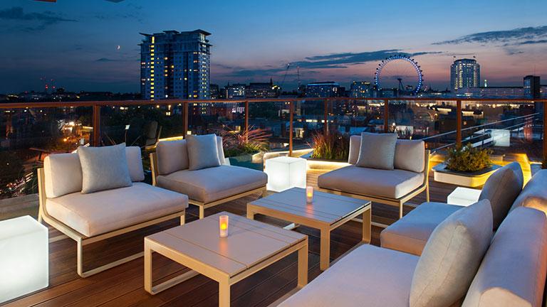 s jour londres en avion 4 jours 3 nuits hotel h10 london waterloo. Black Bedroom Furniture Sets. Home Design Ideas