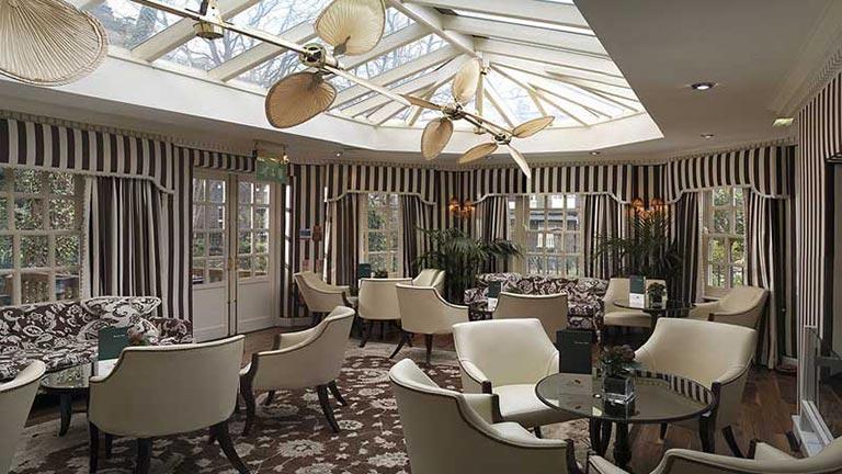 Week end express londres 2 jours 1 nuit hotel montague for Cafe du jardin covent garden