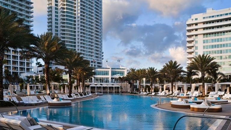 S jour branch miami 7 jours 5 nuits hotel for Piscine fontainebleau