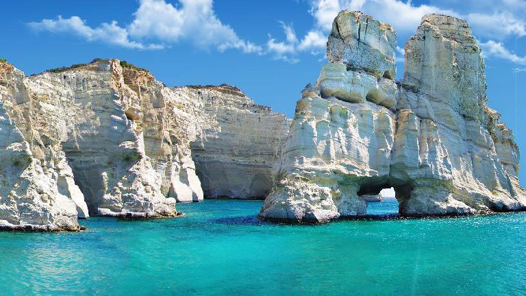2 îles : Santorin et Milos